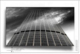 Foto: 2012 06 15 - P 167 B - Glasfassade