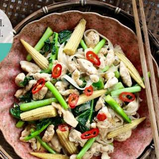 Drunken Chicken Noodles (pad Kee Mao).