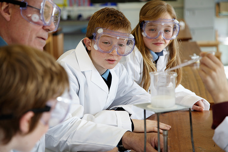 science; middle school students; STEM; Norwich Free Academy