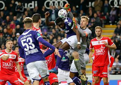'Anderlecht, Club Brugge, Gent én Standard zaten rond de tafel met Butez, maar deze troefkaart kon de Great Old op tafel gooien'