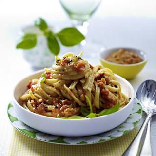 Pasta with Red Pepper Pesto