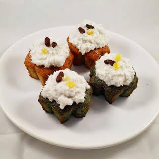 Vegan Christmas Spirulina and Beet Cupcakes.