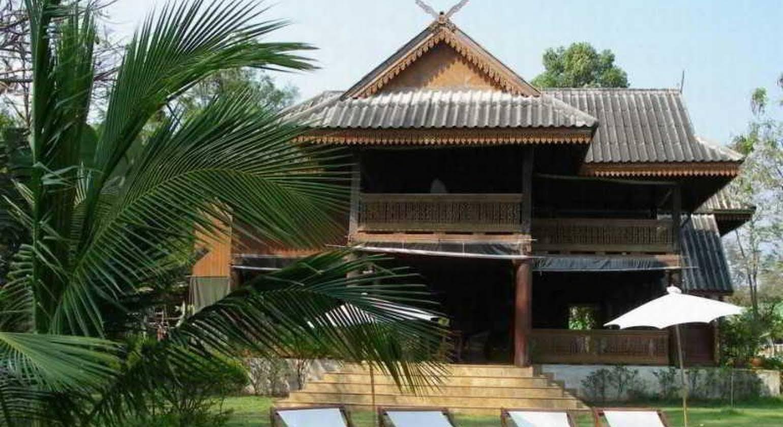 Ruen Thai Rim Haad