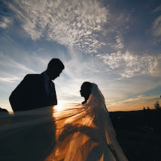 Wedding photographer Sergey Kuzmenkov (Serg1987). Photo of 08.08.2018