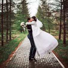 Wedding photographer Anastasiya Koneva (deadmiracle). Photo of 02.05.2016
