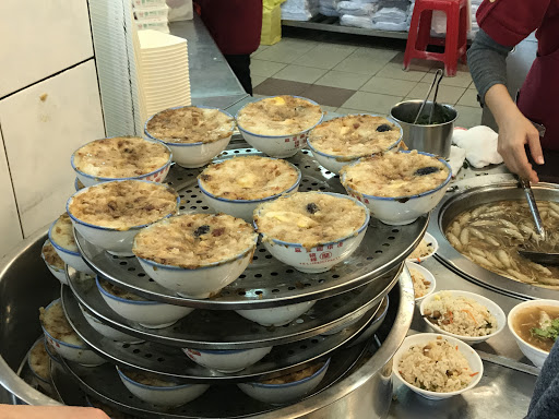 碗粿味道還不錯,傳統美味。
