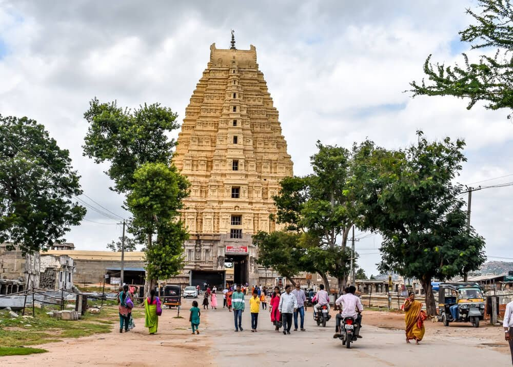 virupaksha+temple+hampi+hindu+temple+karnataka