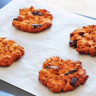 Salted Chocolate Chip Cookies (Low Carb).