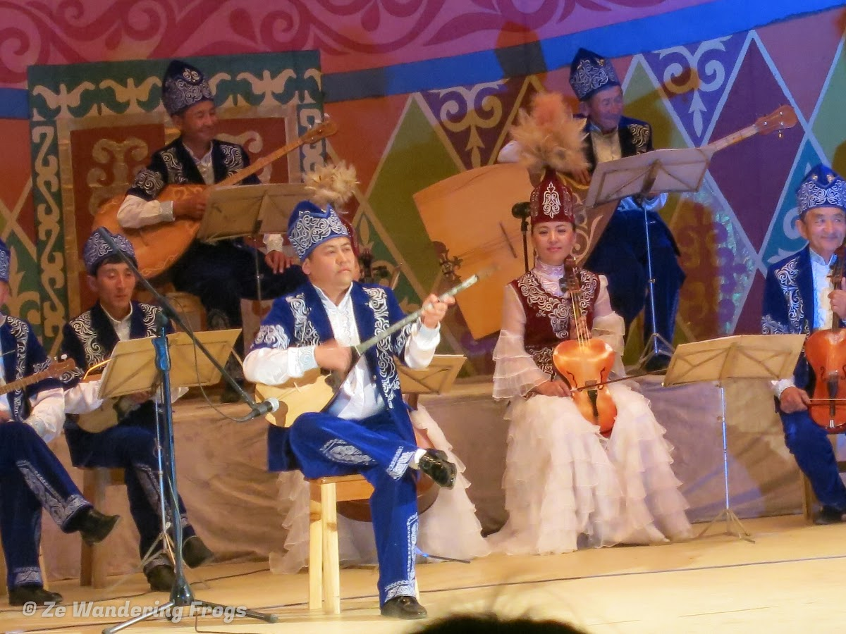 Mongolia. Golden Eagle Festival Olgii. Traditional Folk Music