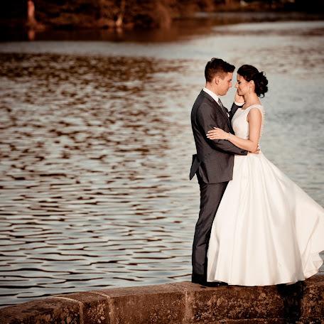 Wedding photographer Krzysztof Biały (krzysztofbialy). Photo of 04.07.2016