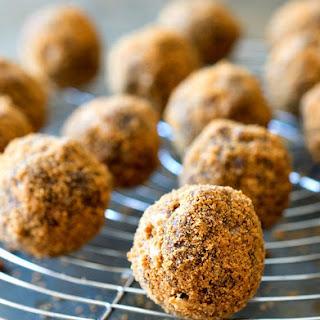 Crispy Chocolate Biscoff Truffles