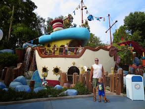 Photo: Disneyland - Donald's Boat