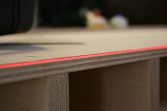 Photo: Livellando il piano di lavoro con il laser