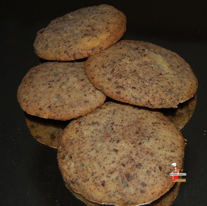 Black and White Chocolate Cookies Recipe