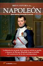 """Photo: Tombooktu Breve Historia  Puedes leer un fragmento de Napoleón aquí: http://b2l.bz/ZTGRyG  """"Breve historia de Napoleón"""" Juan Granados Loureda Tamaño: 13.5 x 21 cm Páginas: 320 Formato: Rústica"""