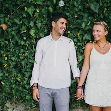 Wedding photographer Aleks Lapatik (Bukovski). Photo of 19.08.2015