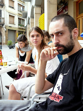 "Photo: Ester & Nicotini in ""Plaça del Colom"""
