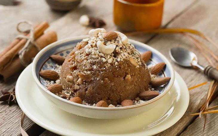 Atte Ka Halwa Recipe (Whole Wheat Flour Halwa with Khoya)