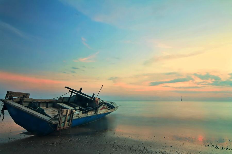 by Yulian Amin - Transportation Boats