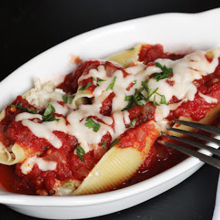 Creamy Chicken Stuffed Shells