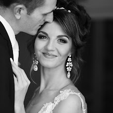 Wedding photographer Vladimir Dmitrovskiy (vovik14). Photo of 29.12.2017