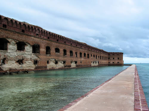 South Florida Attractions: Miami to Key West Travel Guide // Dry Tortugas National Park - Fort Jefferson