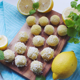 Raw Lemon Bites with Coconut and Baobab Recipe