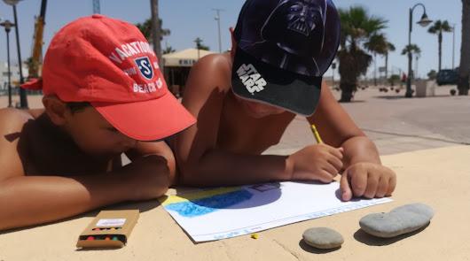 La SER regresa a la playa de Adra para hacer reír a los bañistas y dar premios