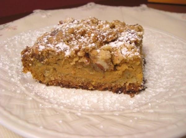 Pumpkin Crumble Cake Recipe