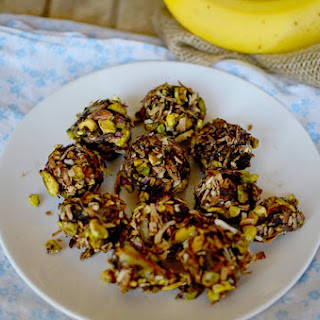 Frozen Vegan Peanut Butter and Banana Bonbons