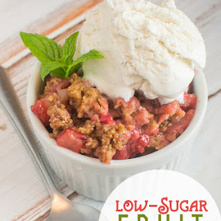 Low-Sugar Fruit Cobbler