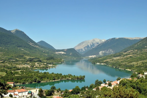 Lago di Barrea  L'Aquila di pizia1966