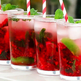 This Tasty Raspberry Mojito Punch Is The Perfect Refreshing Spring Cocktail