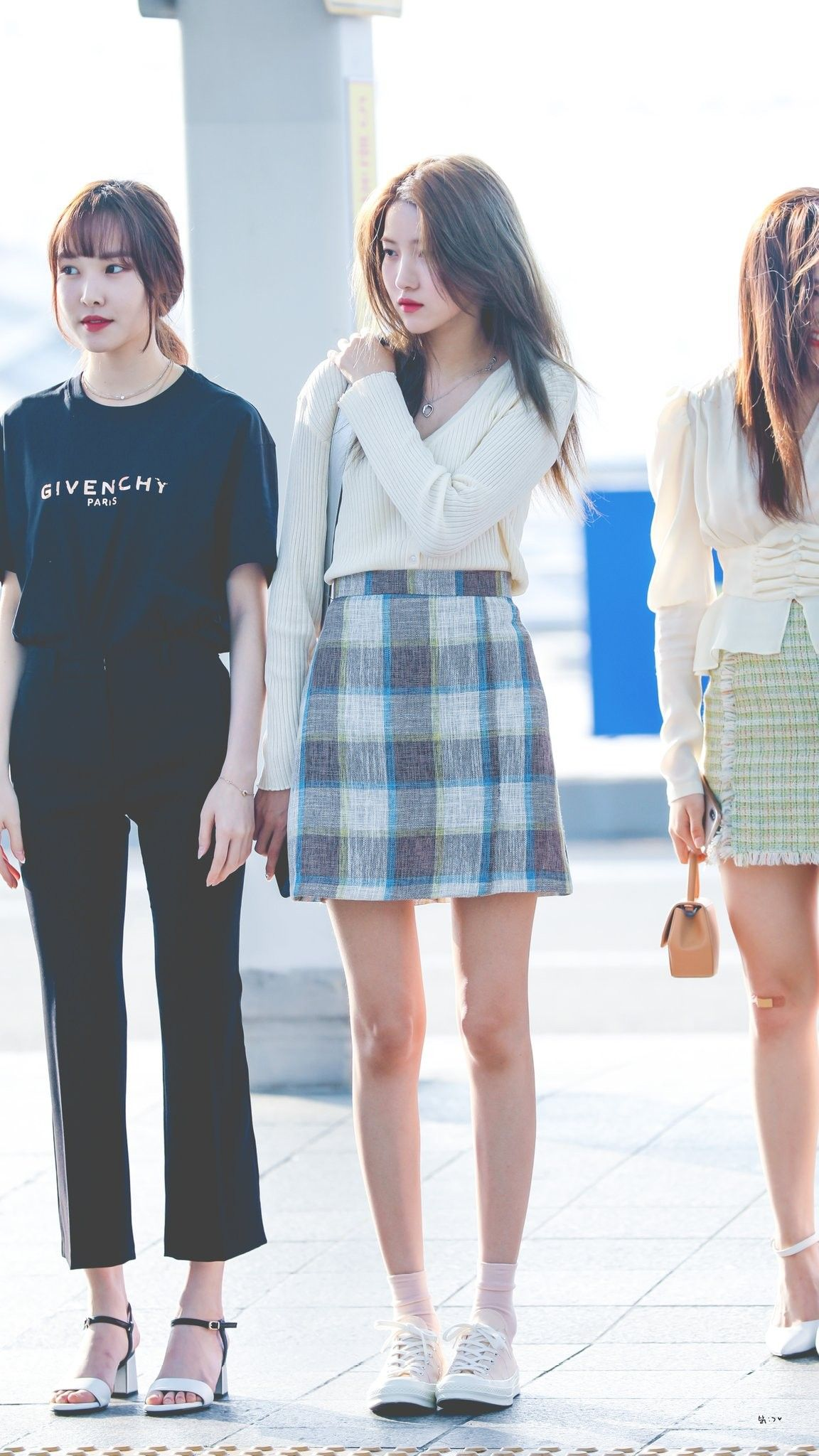 sowon casual 2