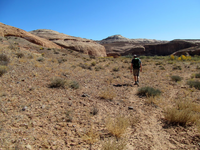 Hiking between Buck and Pasture canyons