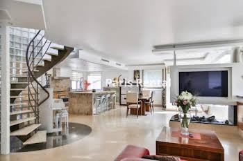Appartement meublé 4 pièces 132 m2