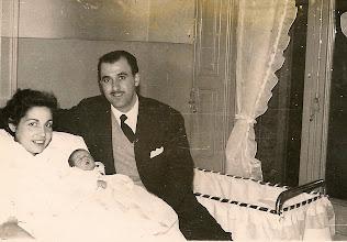 Photo: naixement de Joan Escapa i Carulla 14-2-1957 Els meus pares, Joan Escapa i Lloret (Sabadell, 28-4-1922 – † 21-1-1993) i Teresa Carulla i Puncetí (Sabadell, 13-10-1924 – † 18-3-2009) Aquest àlbum no l'hagués pogut realitzar sense els treball de recerca que va fer el meu pare, de qui em sento orgullós, agraït i deutor.