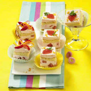 Mini Strawberry Margarita Cakes