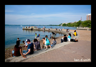 Photo: Wide shot in front of Memorial Union.  Upon inspection, colors are terrible so I'll fix it later.