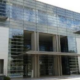 水元総合スポーツセンターの外観