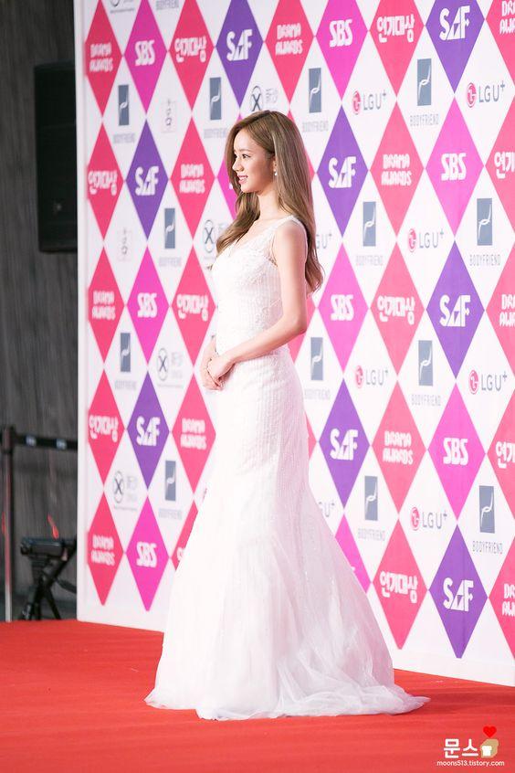 hyeri gown 51