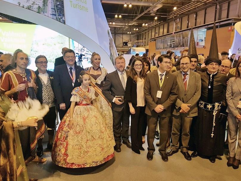 la Federación Junta Fallera de Sagunto en la Feria Internacional del Turismo (FITUR)