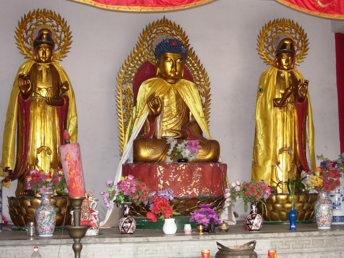Bouddhas au Temple Quanfu à Zhouzhuang