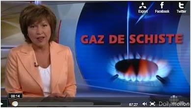 """Photo: Vidéo: """"Gaz de schiste, un filon à suivre?"""" Téléjournal Canada..En Amérique, c'est l'explosion, avec une anarchie des modes d'exploitation qui posent de graves problèmes écologiques - Dans cette vidéo, la pollution des nappes phréatiques. http://www.dailymotion.com/video/xg7kqn_l-exploitation-des-gaz-de-schistes-un-filon-a-suivre_news"""