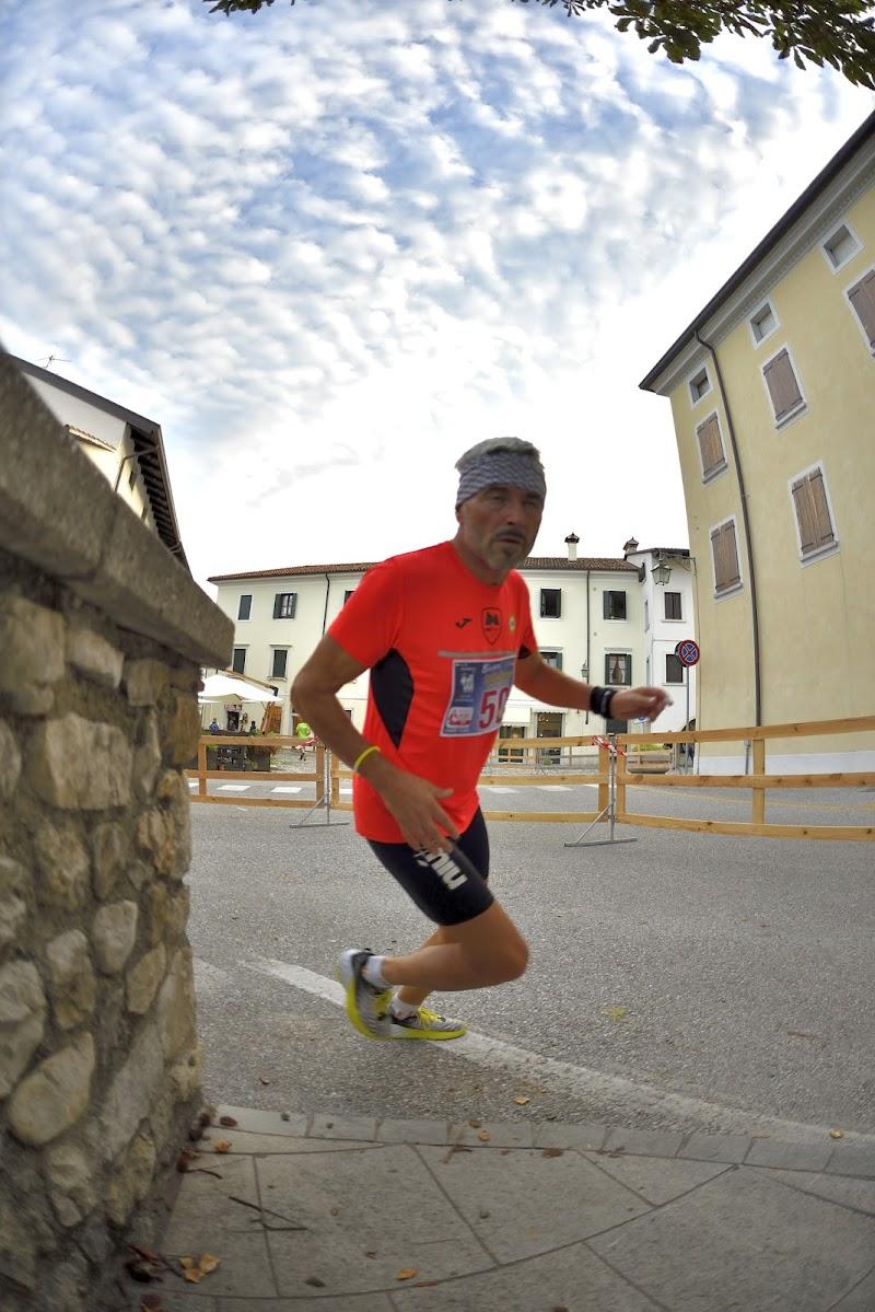 Corri uomo ,corri!  di Matteo Faliero