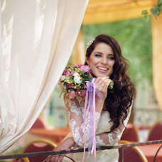Wedding photographer Lyaysan Samatova (lyaysan0705). Photo of 25.10.2015