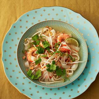 Thai Shrimp Soup With Rice Noodles.