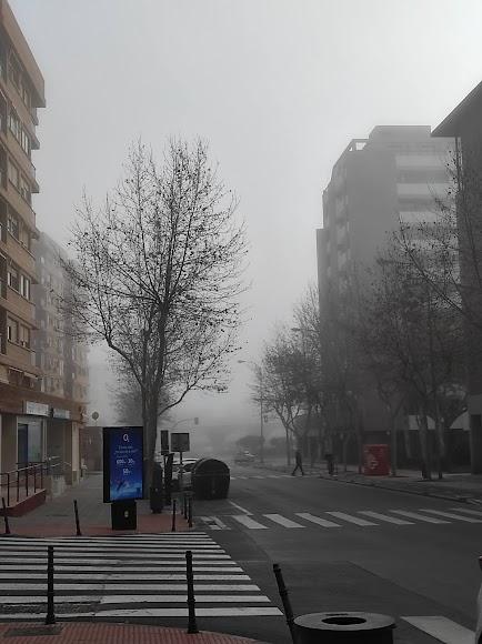 Niebla en Almería: así desaparecía esta tarde Oliveros