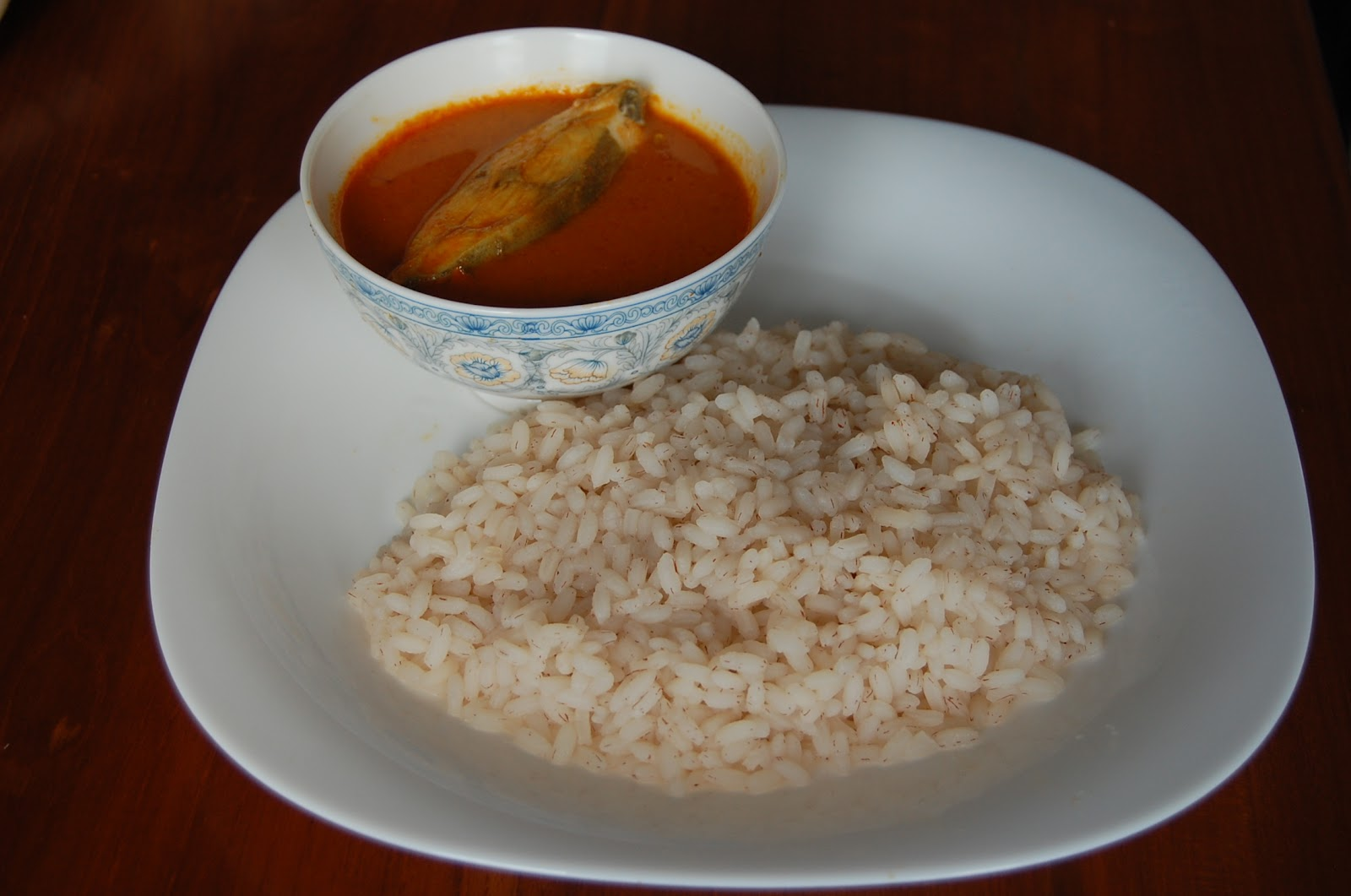 File:Boiled Rice & Fish Curry.JPG - Wikimedia Commons