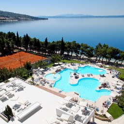 Enter Your Details To Unlock Special For The Smartline Bluesun Neptun Hotel